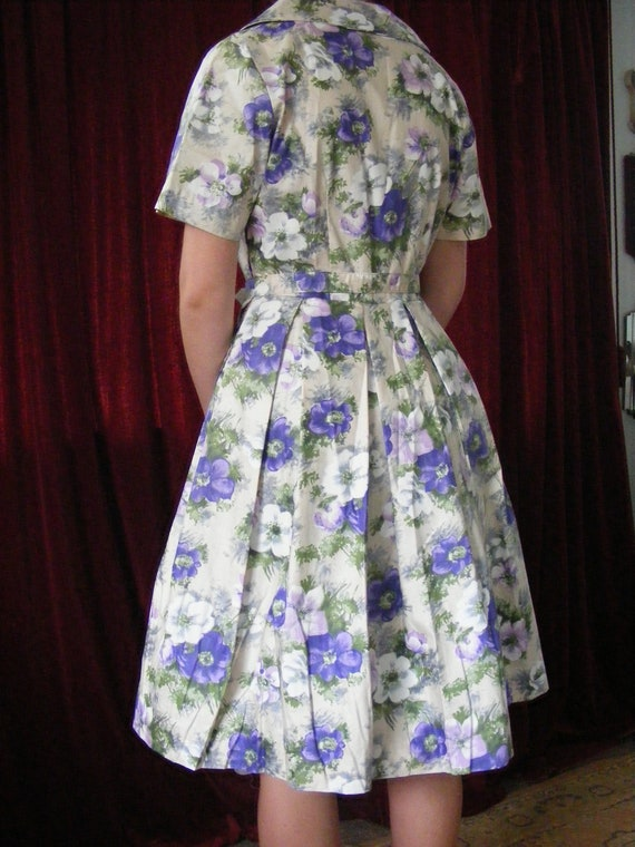 1950s vintage floral dress with belt - image 4