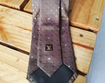 68801dafebbf Louis Vuitton Paris Mens Heavy Silk Neck Tie Brown Monogram Pattern Made in  ITALY