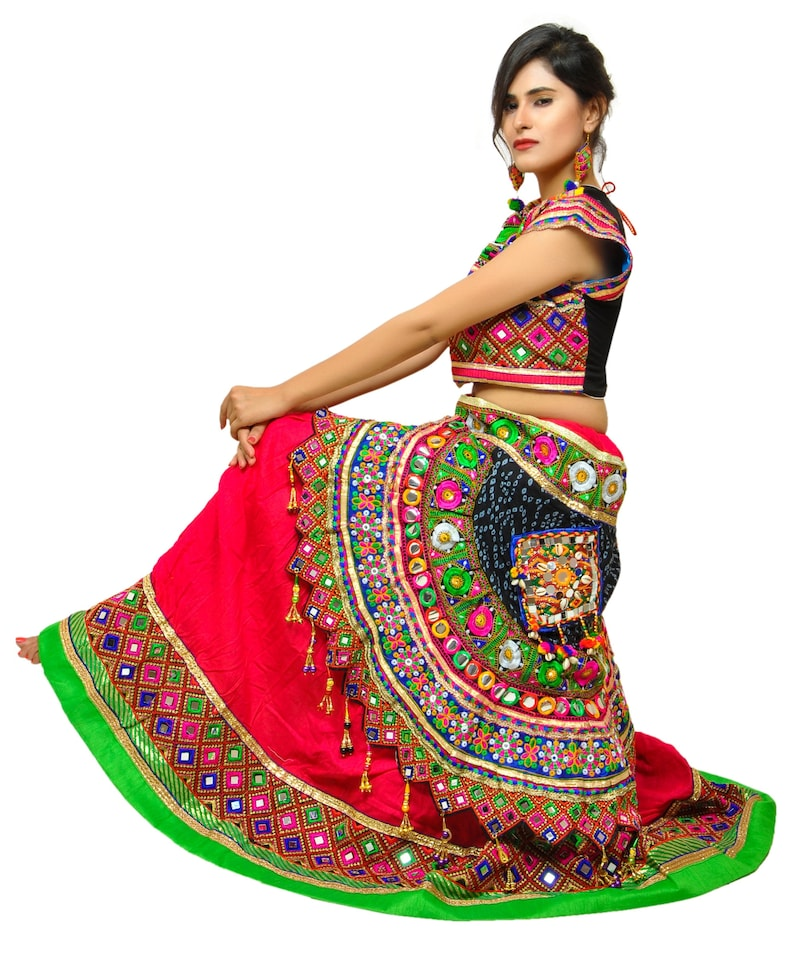d1726d1d28758 2018 Gujarati Embroidered Mirror work Navratri Chaniya Choli