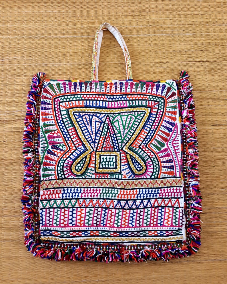 c9bcb5ea5b9b Kutchi Handcraft Vintage Theli Bag Cotton Handmade