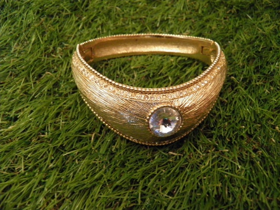 VINTAGE Golden zircon diadem style bracelet.