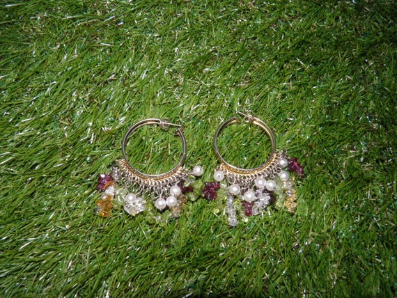 VINTAGE Golden hoops embellished with pearls and c