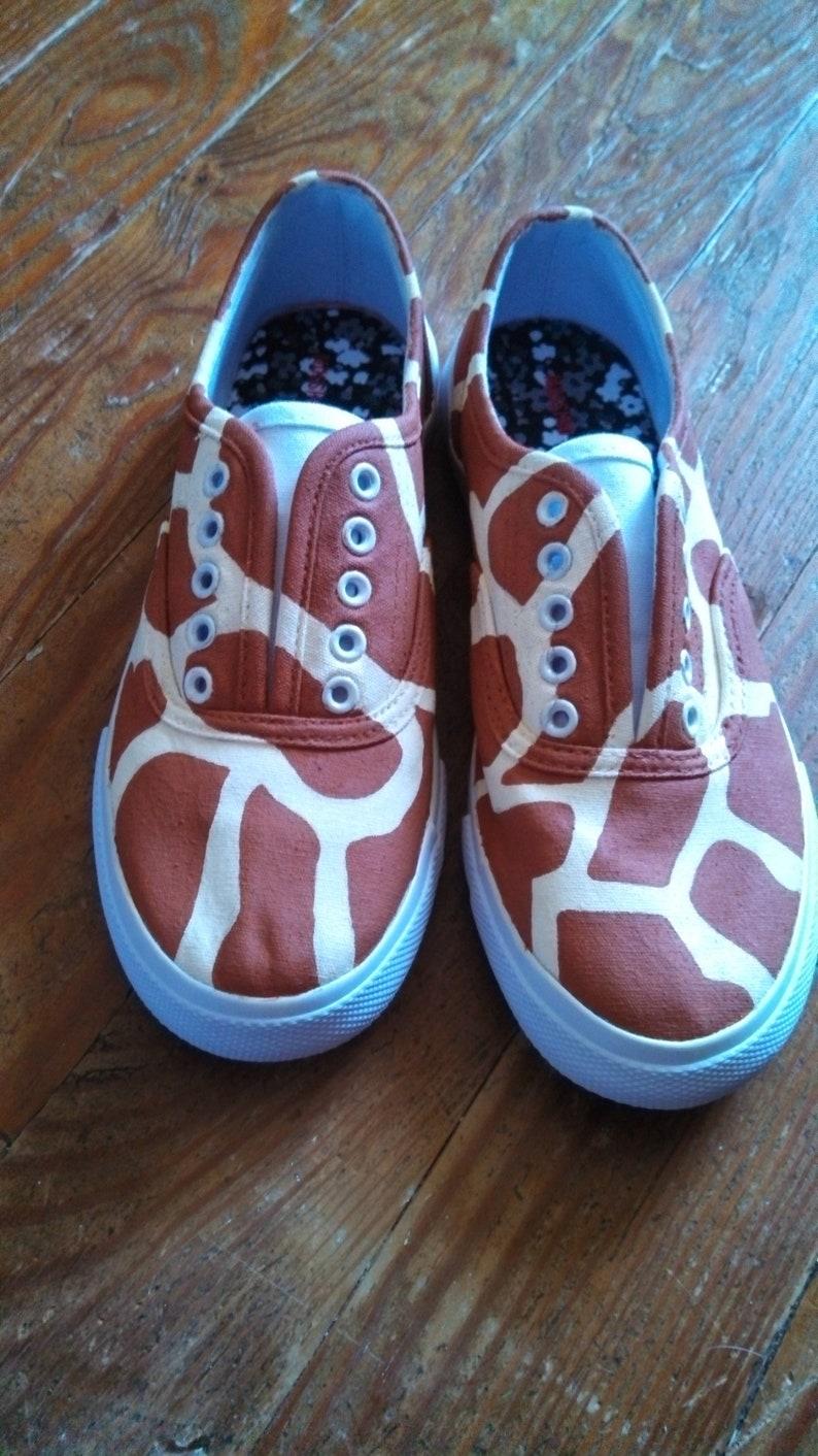 bf85ddae192b5 Giraffe Print Shoes