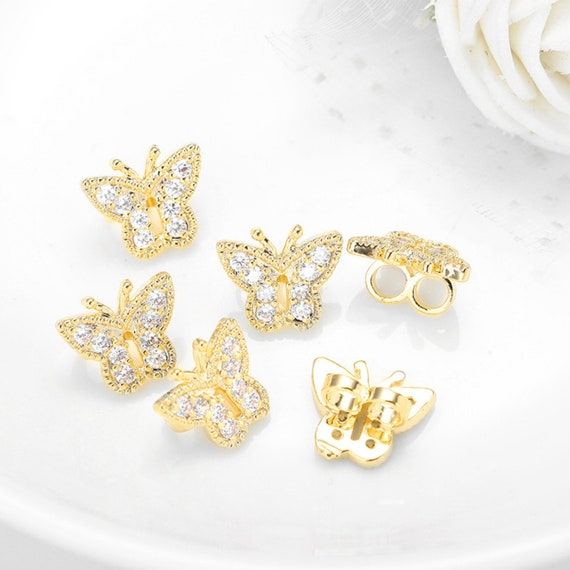 10//30pcs Fashion exquisite hollow out great wings of butterfly charm pendant