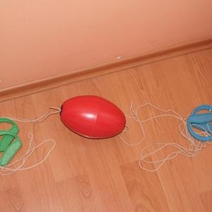 Good condition Shuttle pulling ball Super children gift.Vintage fun game Parents-children interaction