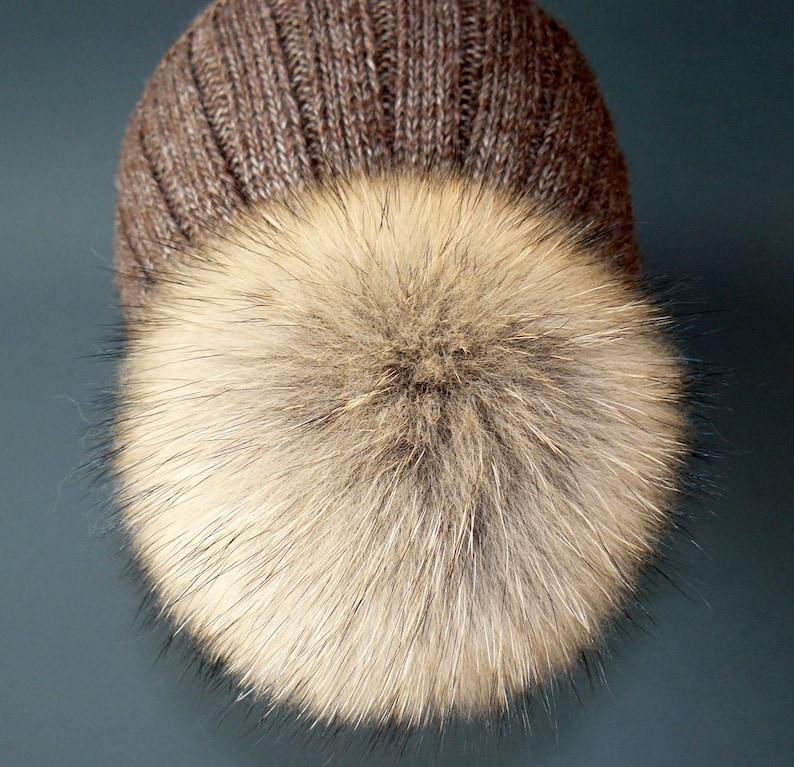 Fur pom pom Raccoon fur pompom  Fur accessories Natural color fur raccoon Real fur Pompom hat Large pompoms Detachable pompom Fluffy pom pom