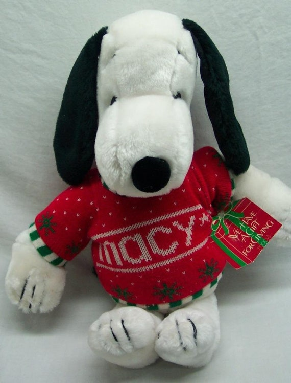 Macys Christmas Sweaters.Vintage Peanuts Gang Macy S Snoopy In Christmas Sweater 20 Stuffed Animal Toy 1980 S Antique
