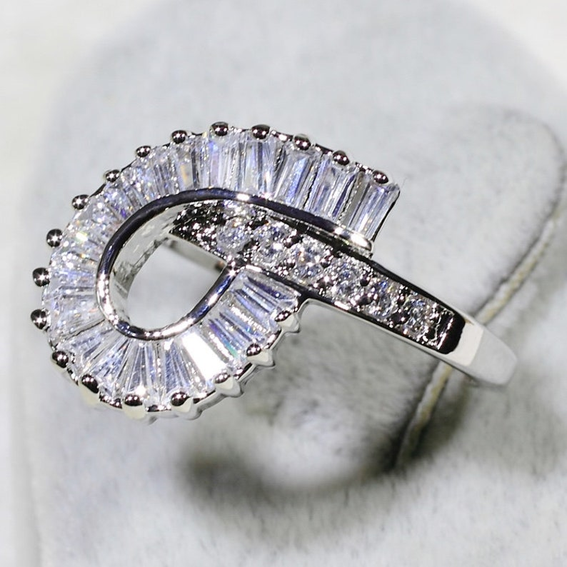 ID:R7427 Women Jewelry 18K White Gold GF Sparkling Clear Stones Casual Fashion Eternity Ring
