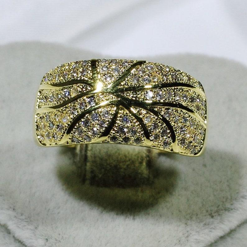ID:R6385 Women 18K Yellow Gold GF Fashion Jewelry Glittering Clear Gemstone Anniversary Gift Band Ring