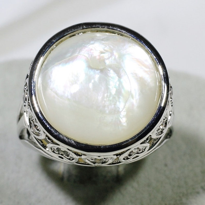 ID:R10525 Women Vintage Jewelry 18K White Gold GF Glamorous Solitaire Mother Pearl Ring with Diamonique Accent Perfect Gift