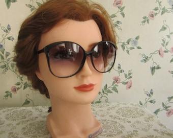 0f1b01c8bb6 great 1970s sunglasses