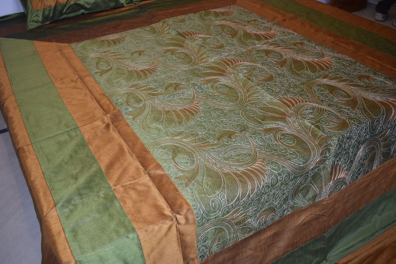 Feuille plate soie Brodée Feuille de lit Lit en soie spread Bedcover 57