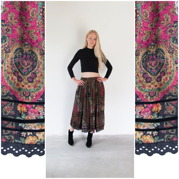Vintage Boho Skirt Small Medium Gypsy Skirt Dark … - image 1
