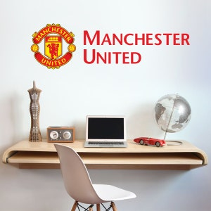Manchester United FC Personalised Name /& Crest Wall Sticker Man Utd Decal Set
