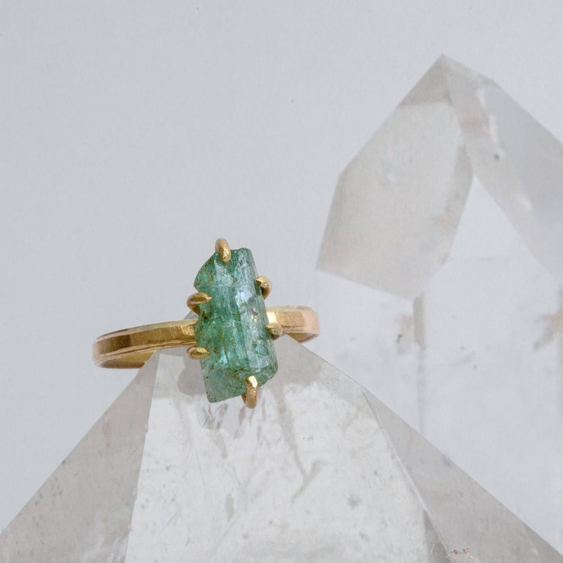 Aquamarine ring in 333 gold  crystal in 9kt gold ring band  image 0