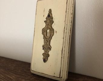 Antique Brass Skeleton Keyhole Decoration / Wall Hanging / Wood Art