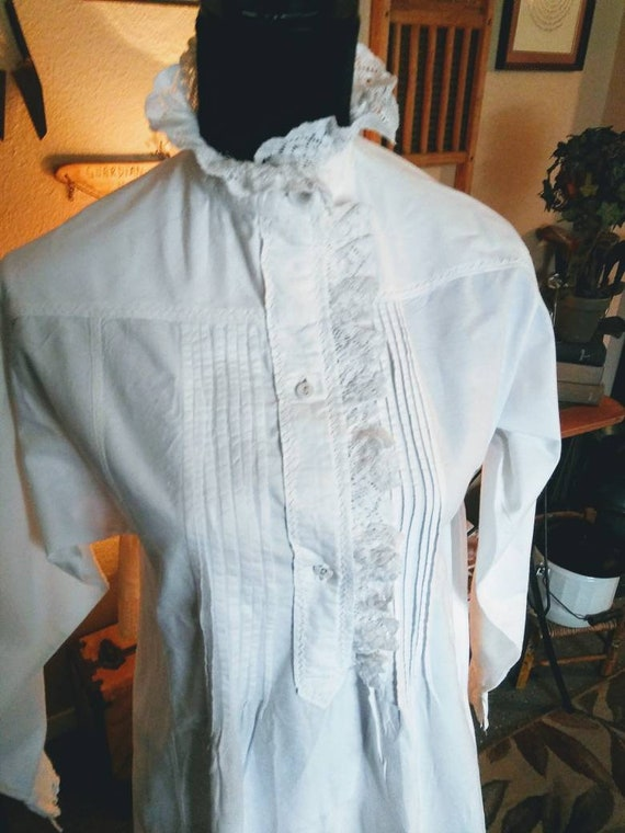 Authentic Victorian Nightgown/FREE SHIPPING