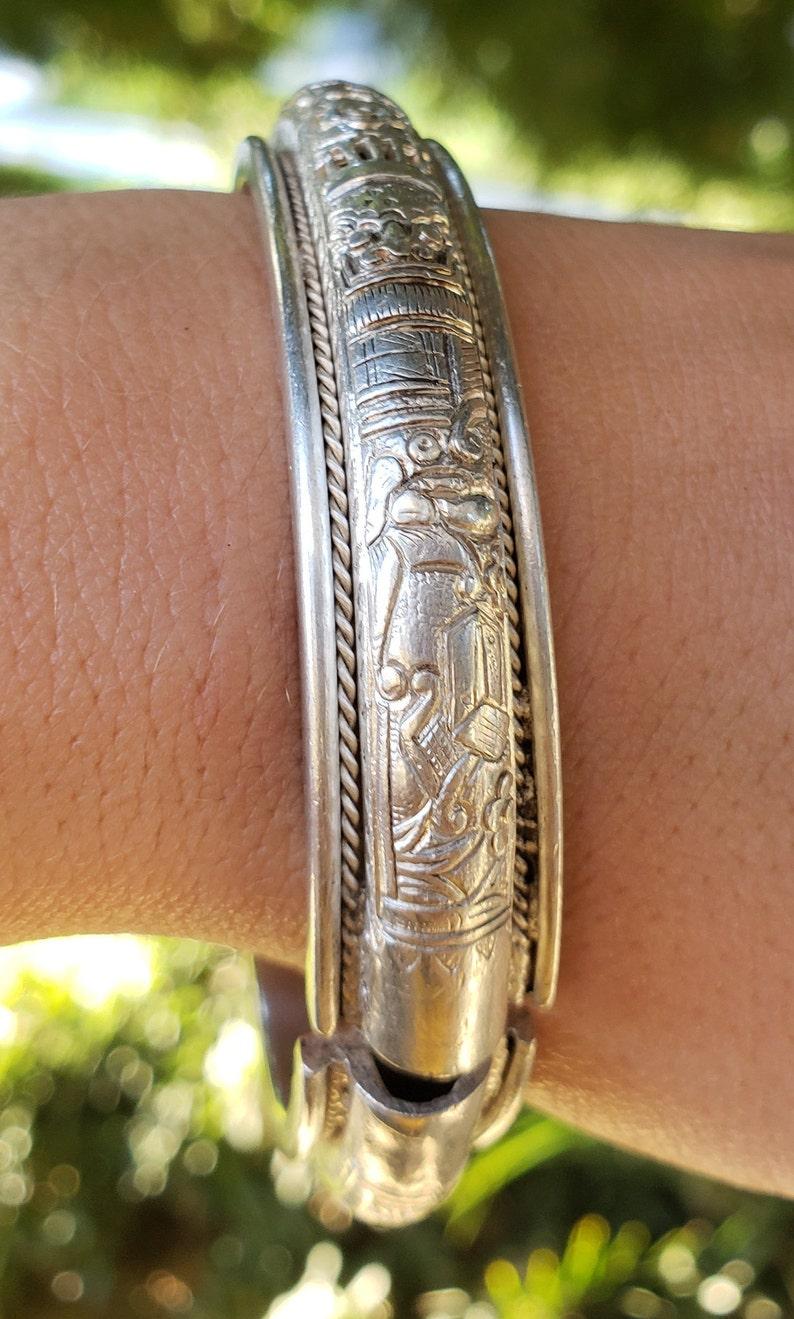 Rare Antique Signed Chinese Sterling Silver Ornate Floral Bangle Bracelet