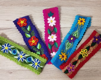 Headband Hand Embroidered with Wool. Made In Peru