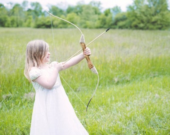 Children's Wooden Longbow with Set of 5 arrows