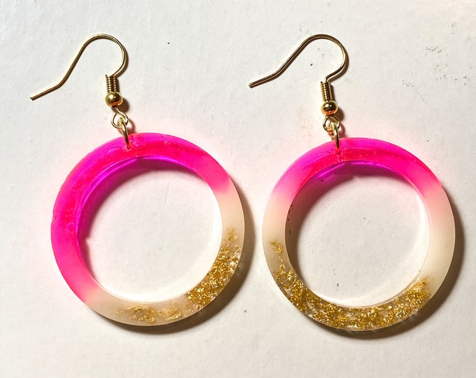 Bright Pink | Light Pink and Gold Foil Circle Resin Earrings