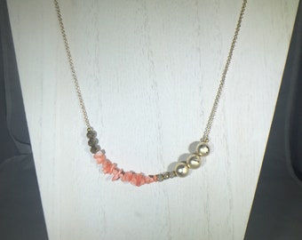 Beaded Coral and Gold Agate Chain Necklace