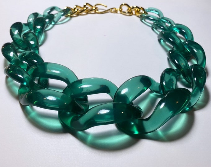 Green Large Chain Acetate Necklace
