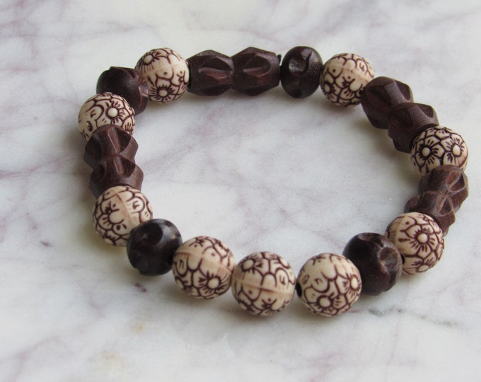 Brown and White Wood Beaded Men's Bracelet