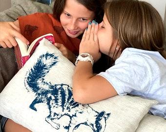Numbat cushion cover, natural linen, hand screen printed, Australian design, Australiana, rectangular cushion, Australian fauna