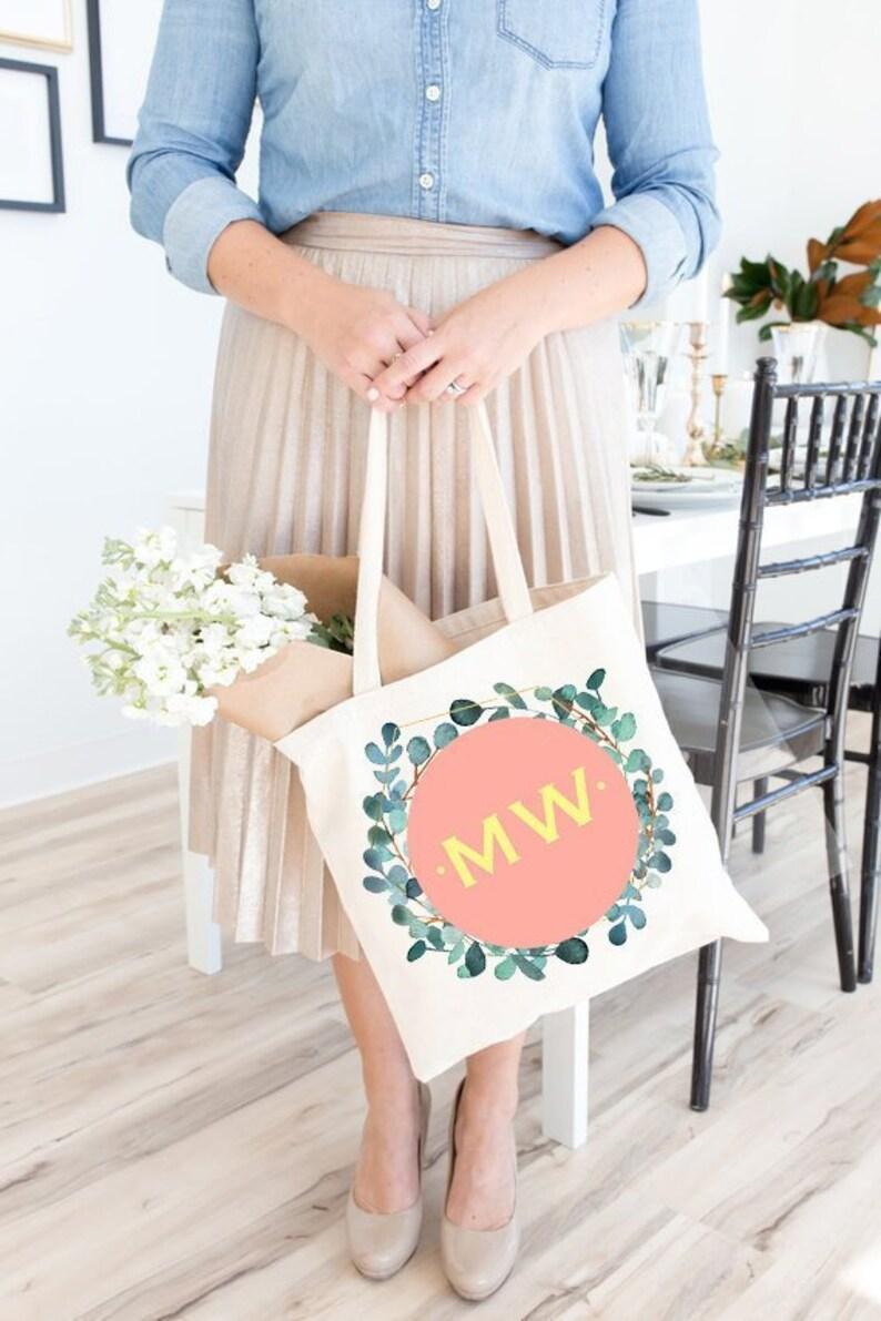 Personalized Bridesmaid Gift Bridesmaid Tote Tote Bag Personalized Bridal Party Gift \u00a9 Bridal Tote Bridesmaid Monogram Gifts