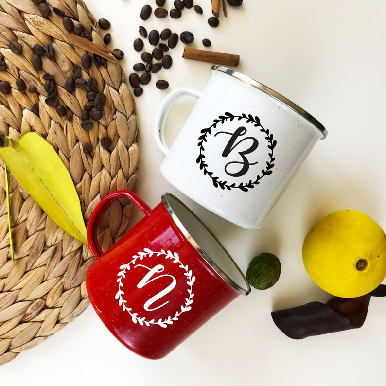 You like drinking beer, but your lover hates it and she/he loves tea. It seems to be a disaster when you and your spouse do not have the same favorite drink. No matter at all, with this cute coffee mug, every time you drink, it links you and your partner.