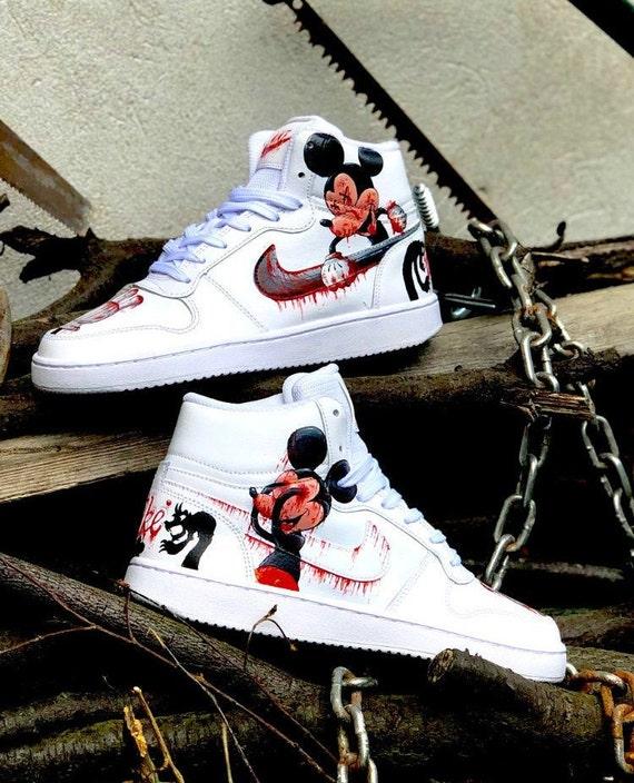 chaussure nike mickey