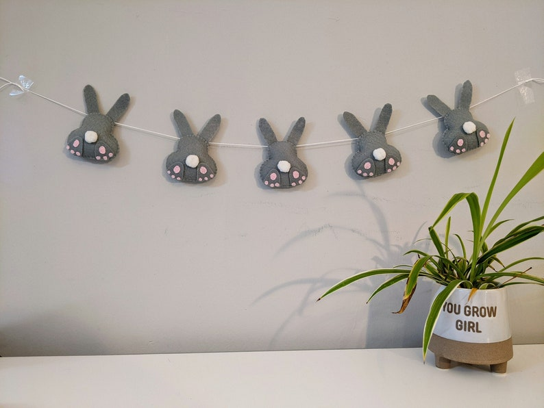Felt Easter Bunny Garland. Easter Rabbit Bunting. Spring image 0