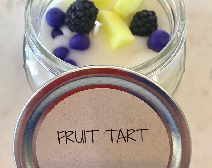 Fruit Tart scented candle with wax blueberries, blackberries and pineapple