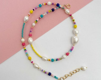 Seed beads and Pearl necklace/bead and pearl collar/Beaded Collar necklace/Colourful Beaded necklace/Layering necklace/Friend gift