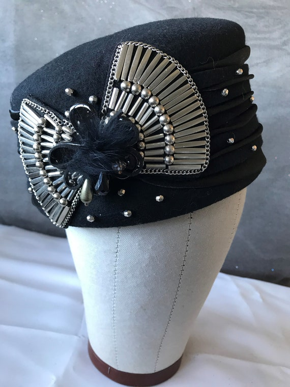 Not your mother's pillbox hat!