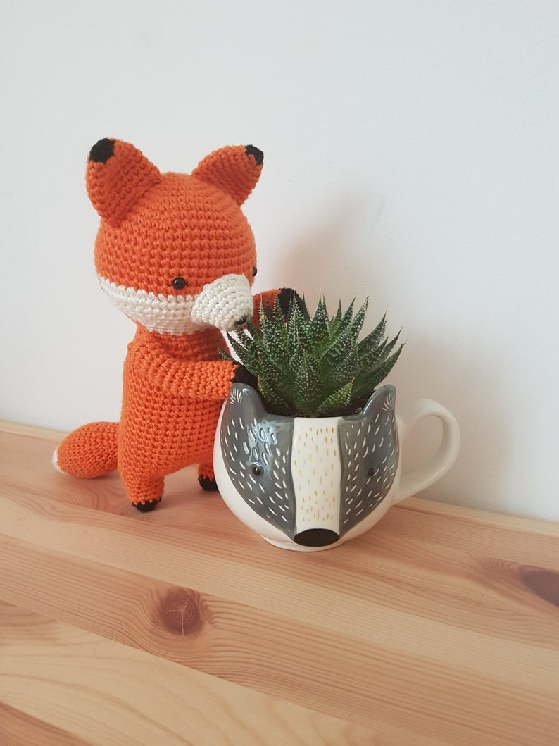 Fergus the fiery fox crochet pattern image 1