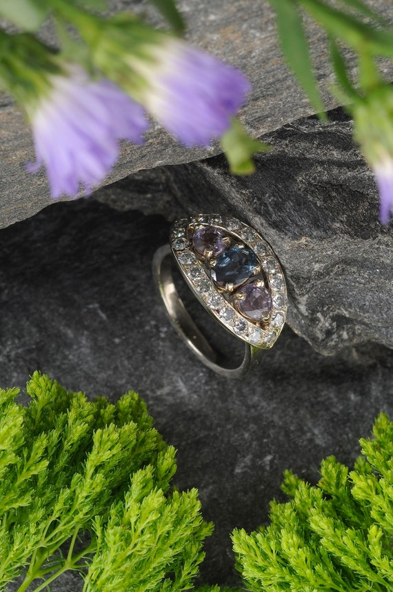 Unique Sparkly Alexandrite and Diamond Ring