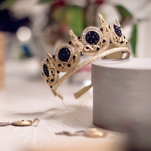 Custom order Wedding Kokoshnik Crown with beads Crown Diadem Tiara Hand embroidered crown Handmade crown Gold diadem Original crown