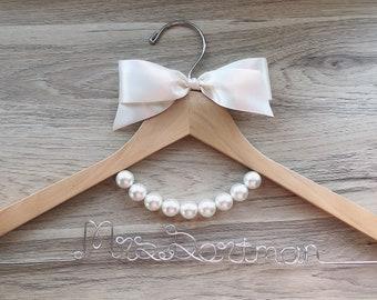Cathedral Veil Hanger Pearl Dress Hangers Wedding Veil Hanger Bride Hanger Wedding Hanger Bridesmaid Hangers 15 Peach Pearl Hanger