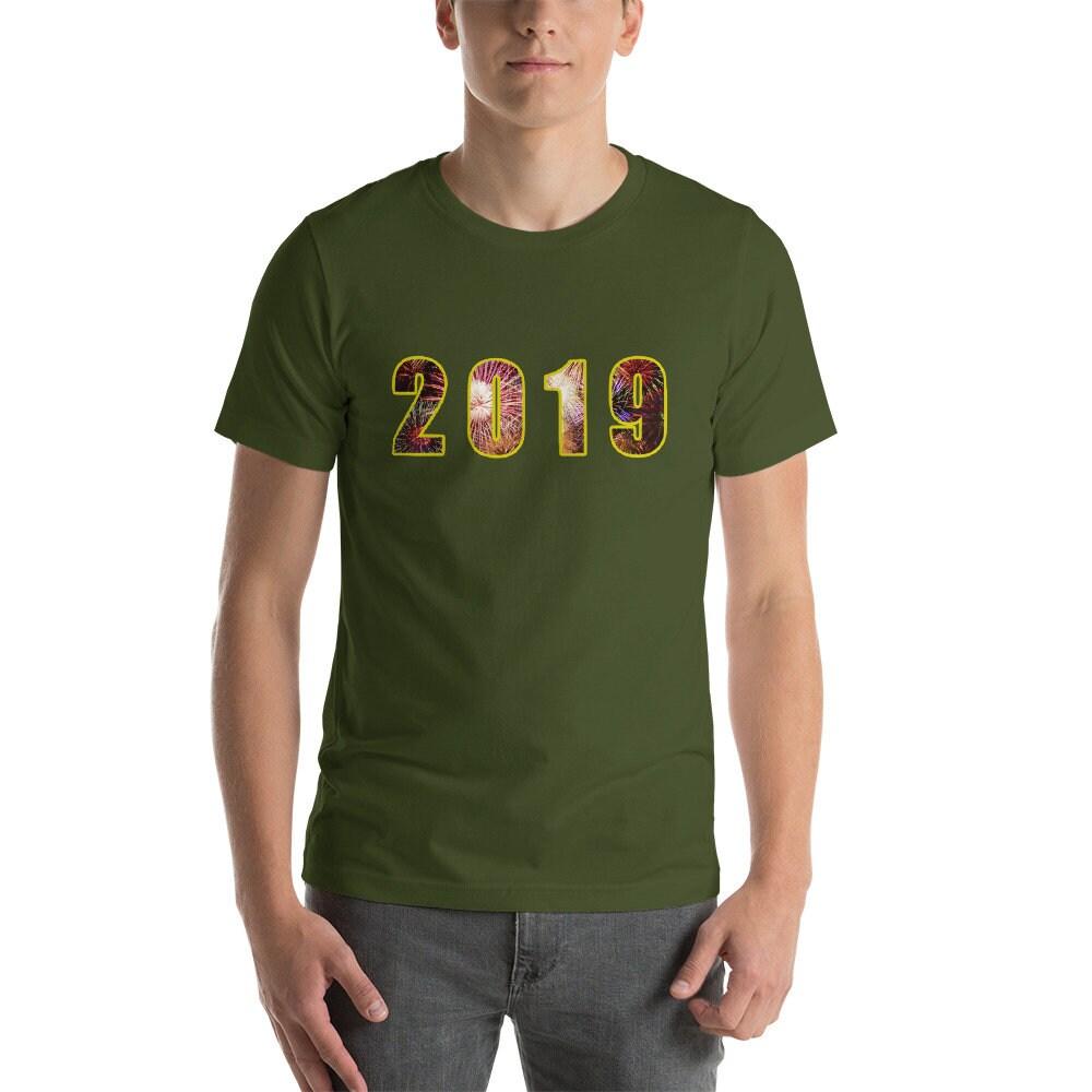 Heureuse nouvelle année 2019 célébration T-Shirt courte-manches longues T- Shirt célébration 18b80e3abcf