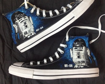 f91c89cdf597 R2D2 Paint Themed Converse Painted Chucks