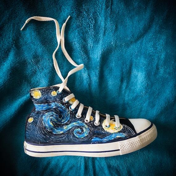 Van Gogh Starry Night Themen Converse bemalt Chucks