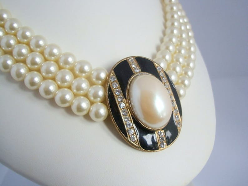Mid-Century Vintage 3-Strand Faux Pearl Necklace and Black Enamel Pendant with Channel Rhinestones