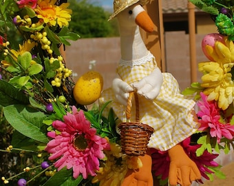 Mother Goose Spring through Summer Wreath