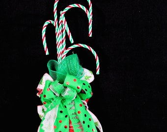 Christmas Holiday Candy Cane Wall Hanging Decoration