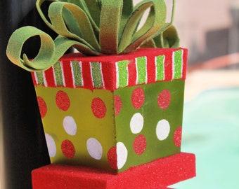 Holiday Mantel Hanger- Wreath Hanger-Christmas Wreath Hanger
