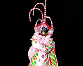 Top Hat Christmas Candy Cane Holiday Wall Hanger Decorations