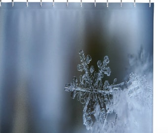 Elegant Snow Chrystal Shower Curtains