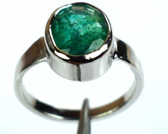 7791df205 925 Unisex Sterling Silver Ring Natural Oval Colombian Emerald Gemstone  Ring Size 6-16